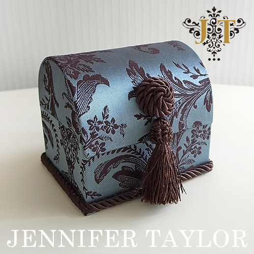 【P5倍】ジェニファーテイラー Jennifer Taylor トランク型BOX(S)・Carlisle