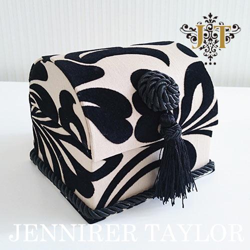 ジェニファーテイラー Jennifer Taylor トランク型ボックスS・Yorke