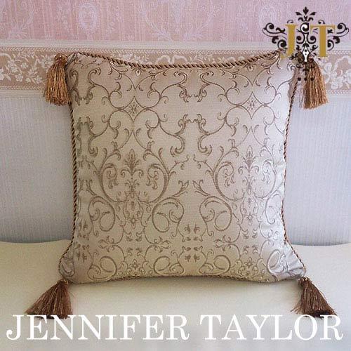 【ポイント10倍 8月】ジェニファーテイラー Jennifer Taylor クッション・Poinsettia-BE