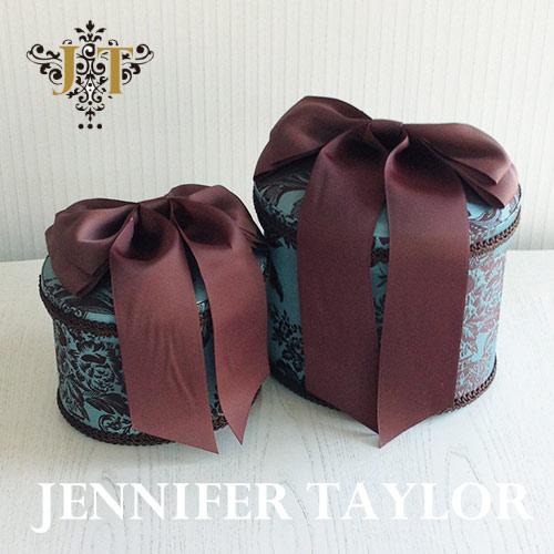 【8月限定 P10倍】ジェニファーテイラー Jennifer Taylor オーバルBOX2P Carilsle-Ribbon