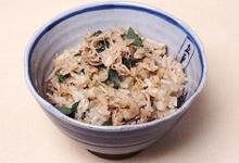 さんごヤマブシタケとホタテの炊き込みご飯