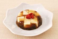 もずく酢と豆腐のゼリー寄せ(さんごヤマブシタケパウダー入り)