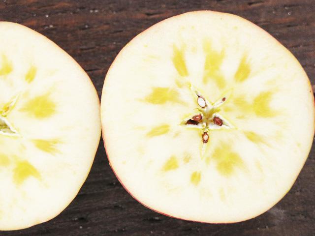 りんご蜜入り