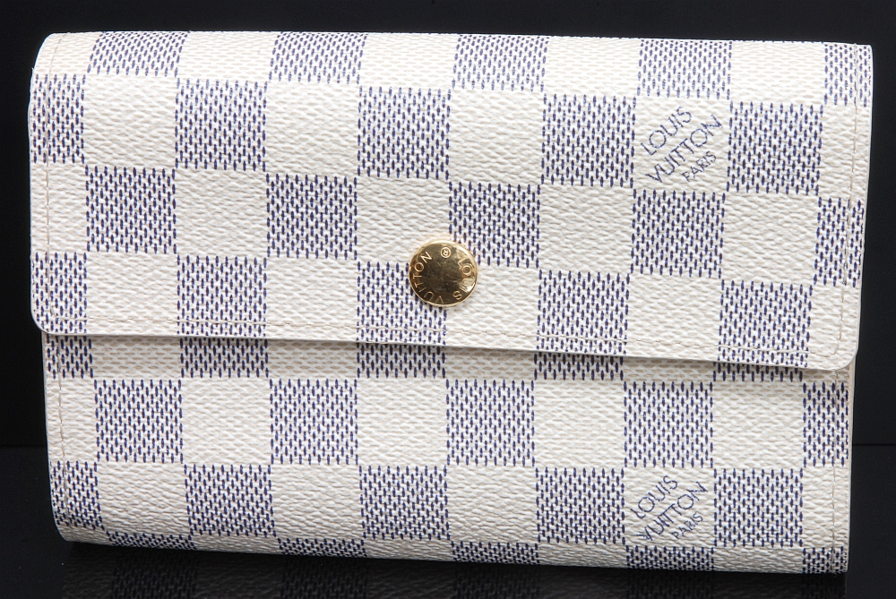 ヴィトン ダミエ アズール アレクサンドラ 三つ折財布 N63068