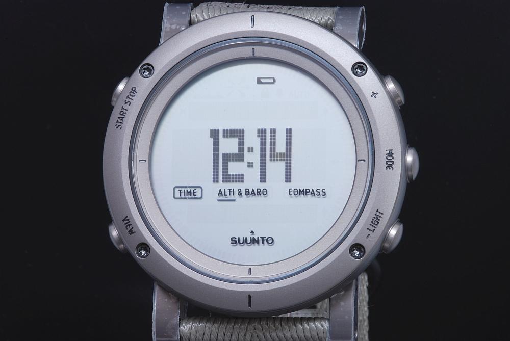 スント SUUNTO エッセンシャル スレート SS021217000 メンズ クォーツ 電子コンパス 気圧計【国内正規・新品】