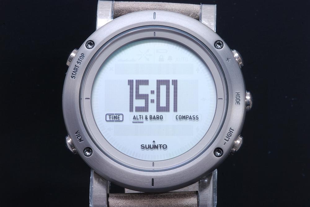 スント SUUNTO エッセンシャル スティール SS021216000 メンズ クォーツ 電子コンパス 気圧計【国内正規・新品】