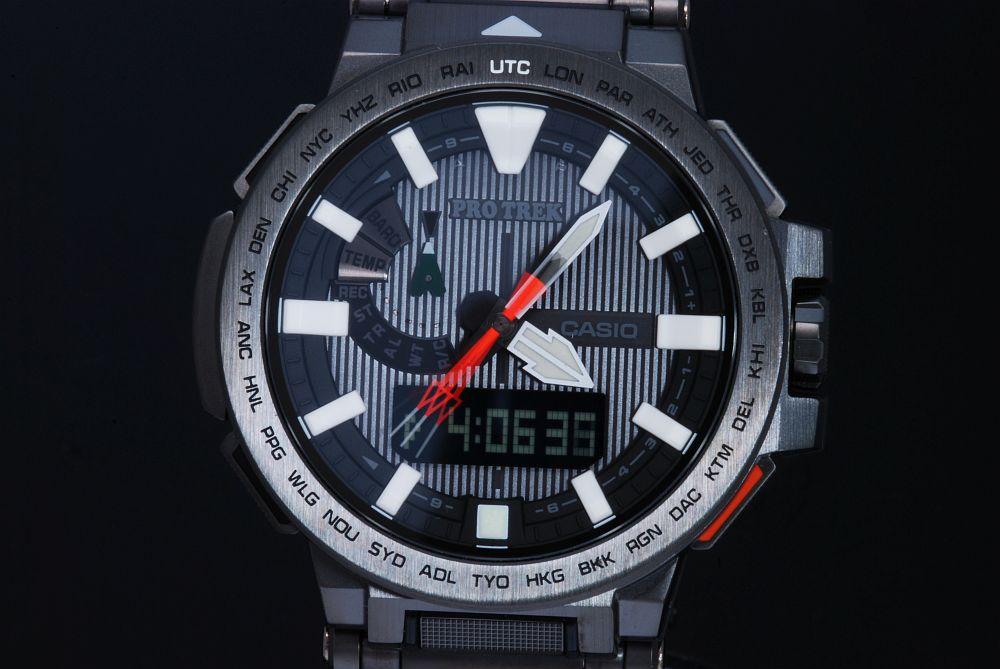 カシオ プロトレック マナスル タフソーラー  PRX-8000YT-1JF メンズ ソーラー電波時計【新品同様】