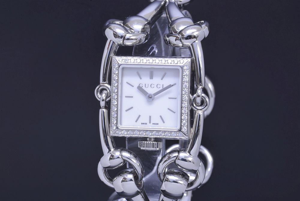 グッチ YA116513 シニョーリア ダイヤモンドベゼル レディース SS クォーツ 116.5 ホワイトシェル文字盤