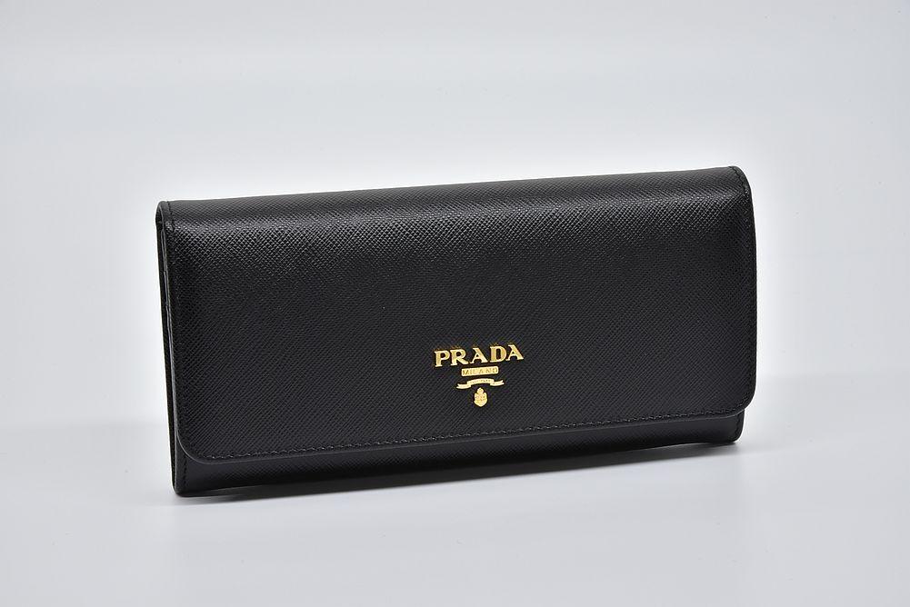 プラダ サフィアーノ メタル PRADAロゴ 二つ折り長財布 カードケース付 ブラック 1MH132【新品】