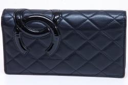 シャネル カンボンライン ココマーク 二つ折り長財布 キルティング ウォレット ブラック A26717