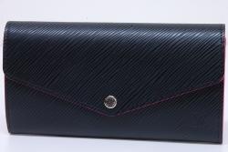 ヴィトン エピ ポルトフォイユ サラ 二つ折り長財布 ノワール ホットピンク M64322【新品】