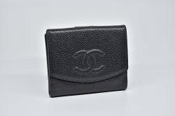 シャネル キャビアスキン ココマーク Wホック財布 ブラック A13946