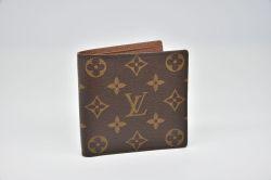 ヴィトン モノグラム ポルトフォイユ マルコ 二つ折り財布 M61675