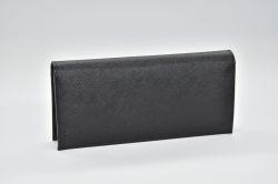 プラダ サフィアーノ PRADAロゴ ドキュメントホルダー 二つ折り長財布 2MV836【新品】