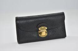 ヴィトン マヒナ ポルトフォイユ アメリア 三つ折り長財布 ノワール M95549