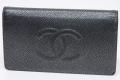 シャネル キャビアスキン ココマーク 二つ折長財布 A48651