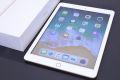 アップル au iPad アイパッド Wi-Fi+Cellular 32GB ゴールド MRM02J/A【未使用品】