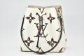 ヴィトン モノグラム ジャイアント LVジャングル ネオノエ ショルダーバッグ 巾着型バッグ M44679【新品】