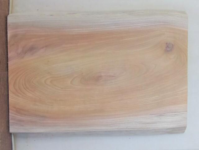【送料・手数料無料】 山成林業 特小無垢一枚板 KE-605 ケヤキ看板に最適