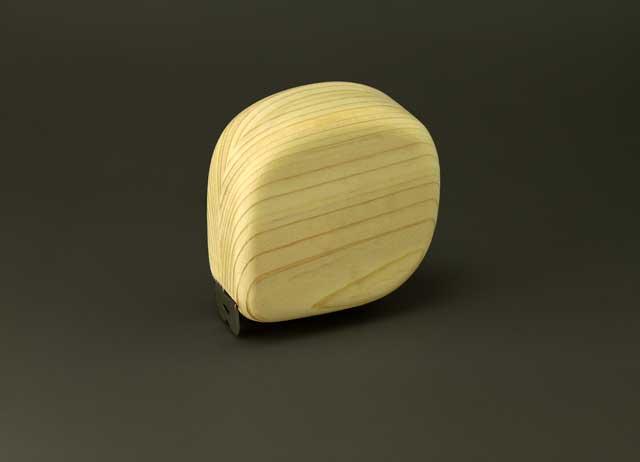 木の巻尺檜