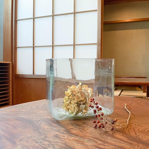 No.24 吹きガラスの金魚鉢
