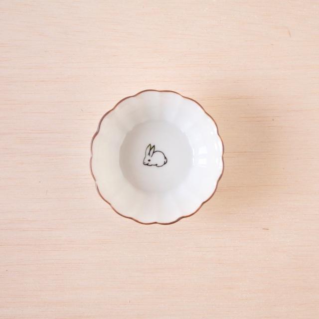 クタニシール 菊小鉢 子兎