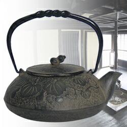 南部小鉄瓶 白サビ仕上げ瓢(ひさご)0.5L