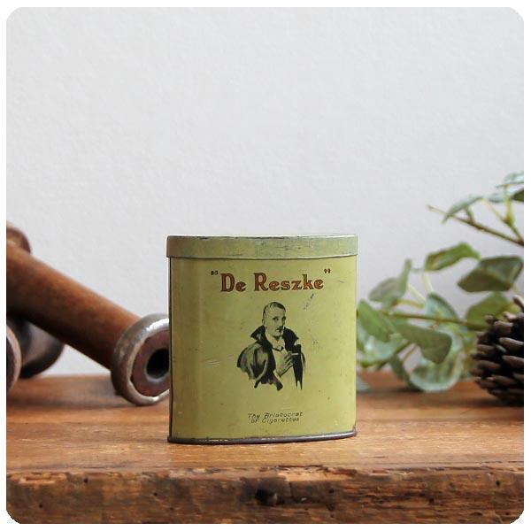 イギリス アンティーク De Reszke シガレット缶/タバコケース/TIN/ティン/ブリキ/インテリア雑貨【レアな楕円のタテ型】M-472