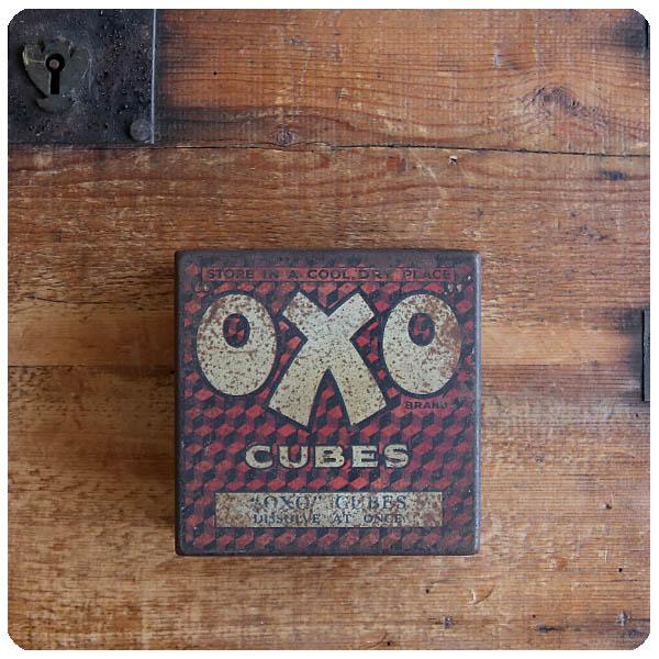 イギリス アンティーク OXO Cubes/オクソ缶/TIN/ティン/ブリキ/インテリア雑貨【コレクターが数多く存在するOXO缶】S-665