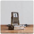 イギリス アンティーク メカニカルカレンダー/小さな卓上カレンダー/インテリア雑貨/シャビーシック【おしゃれ小物】M-131