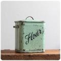 イギリス アンティーク ホームプライド社 フラワー缶/HOMEPRIDE/レア/コレクターズアイテム【FLOURのロゴが可愛い】M-160