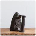 イギリス アンティーク アイアンアイロン/鉄製/ブックエンド/オブジェ/古道具/ブロカント【ドアストッパーにいかが?】Z-085