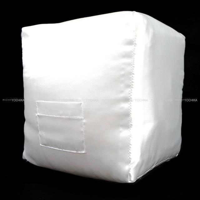 ハンドメイド ピコタン 22 MM ツールボックス 26 専用 バッグ ピロー まくら クッション オフホワイト 新品