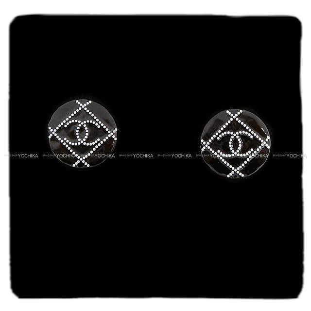 CHANEL シャネル マトラッセ ドット ココマーク サークル ピアス 黒(ブラック)X白(ホワイト)