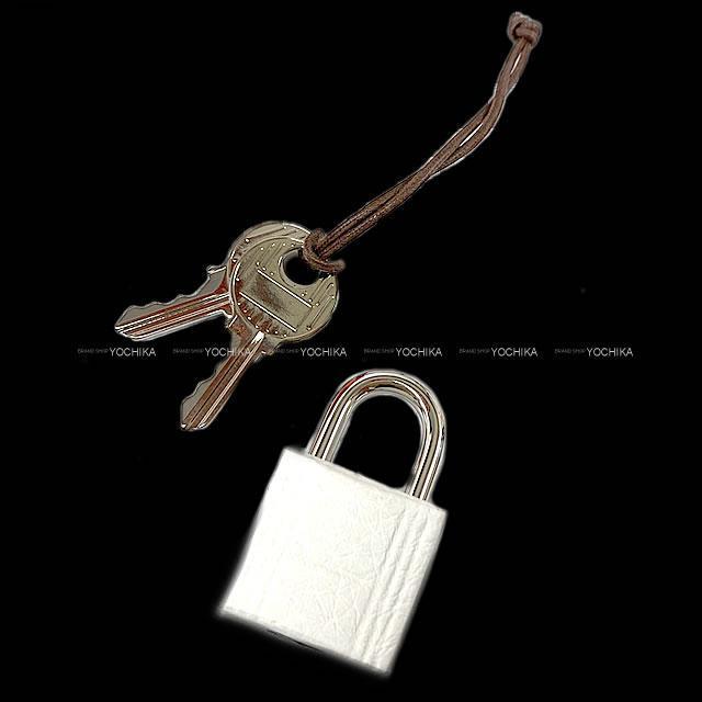 HERMES エルメス ハンドバッグ ピコタンロック 22 MM 白(ホワイト