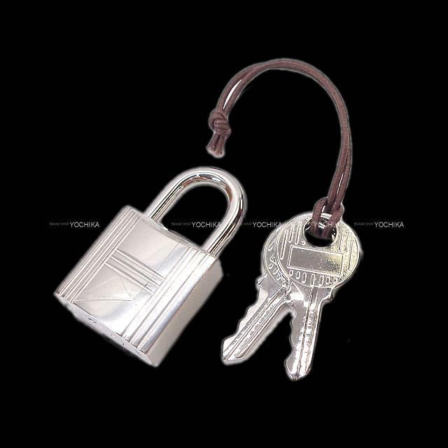 HERMES エルメス ハンドバッグ ピコタンロック 22 MM 白(ホワイト) トリヨン 新品同様【中古】