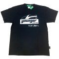 【公式ショップ限定】ヤンガー(Younger)コーチャーシルクプリントTシャツ(ブラック)【メール便可】