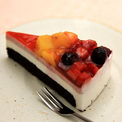 ベリーベリーケーキ(ブラック)