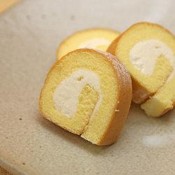 カットロールケーキふんわりチーズ