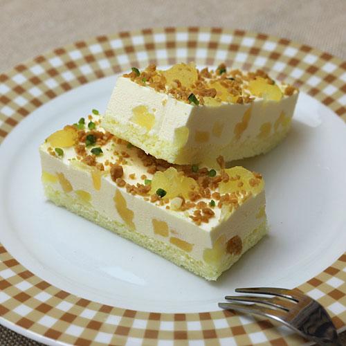 フリーカットケーキ りんごのレアチーズ1