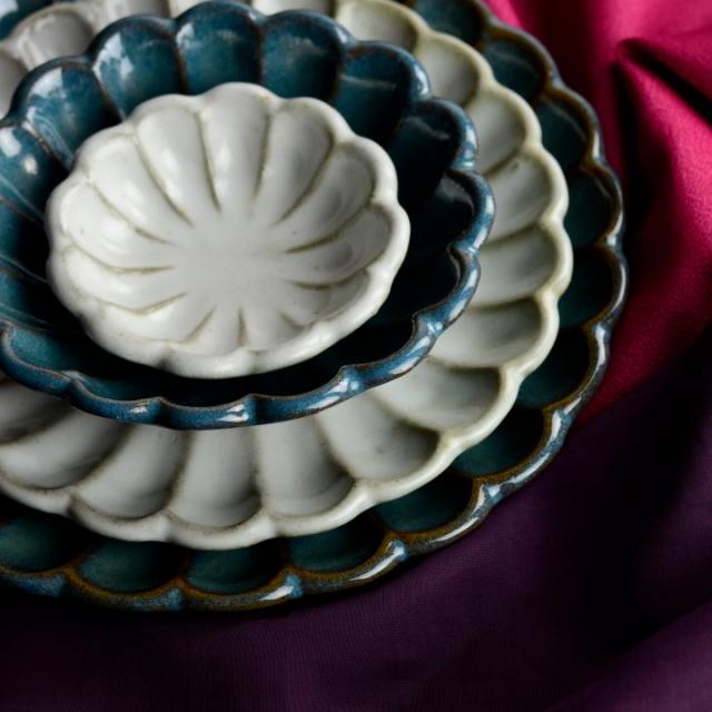 菊皿4皿セット(青釉&白釉)_丸八窯 清水義久 作