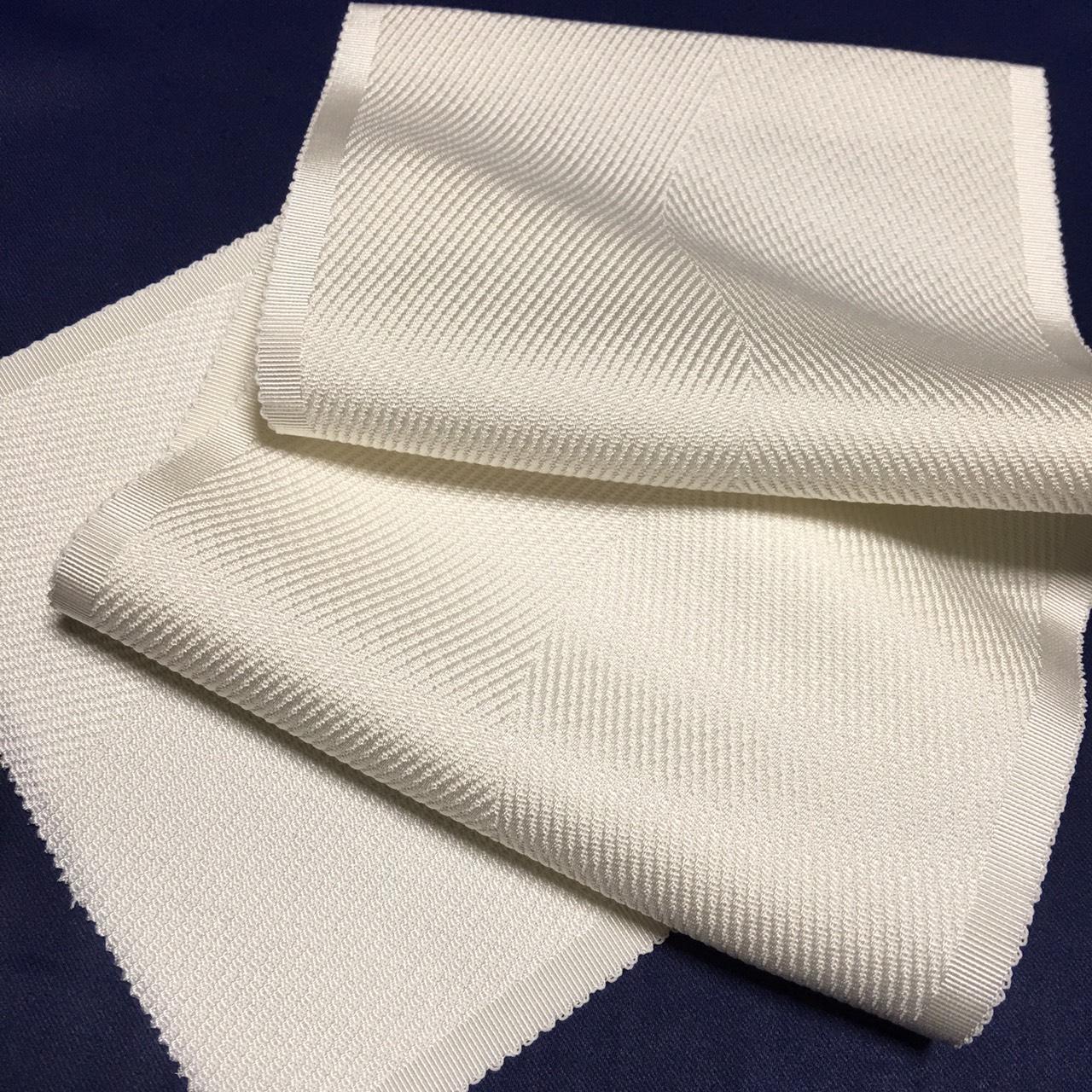 正絹 紋一巾半衿 よろけ光流