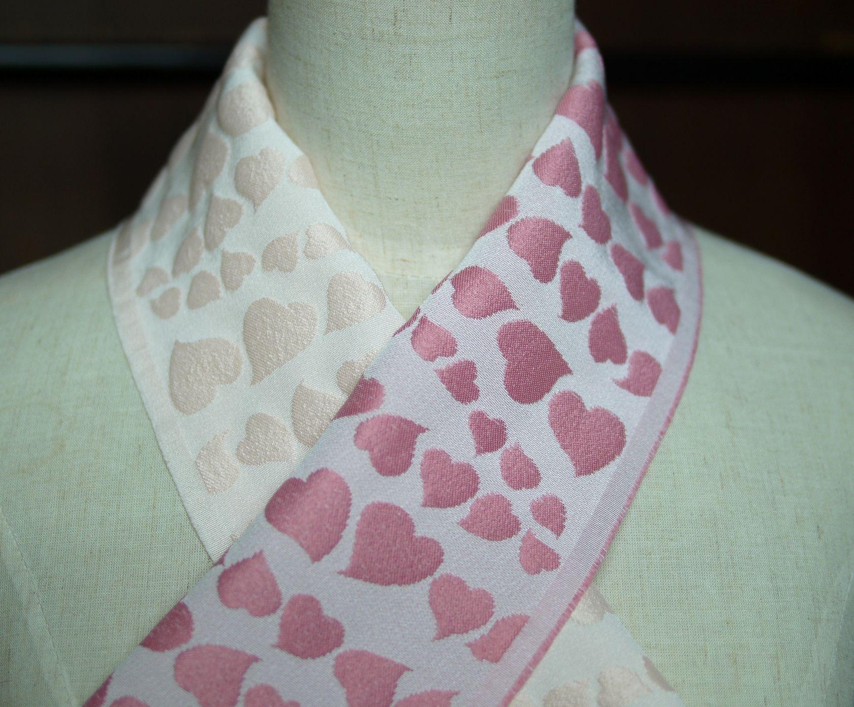ハート花びら 半衿 半分織り分け 片身変わりのおしゃれ衿