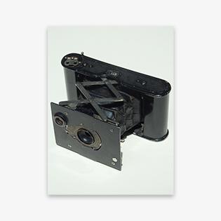 夢二が使用していたのと同型のカメラ べス単