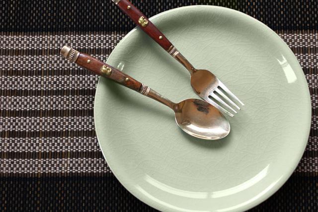 丸皿22cm プレーン ナチュラルグリーン