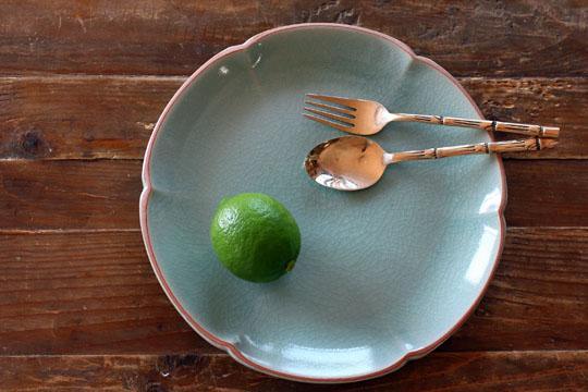 ロータス花のお皿(26cm)