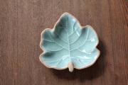 メイプルリーフの小皿(13cm)
