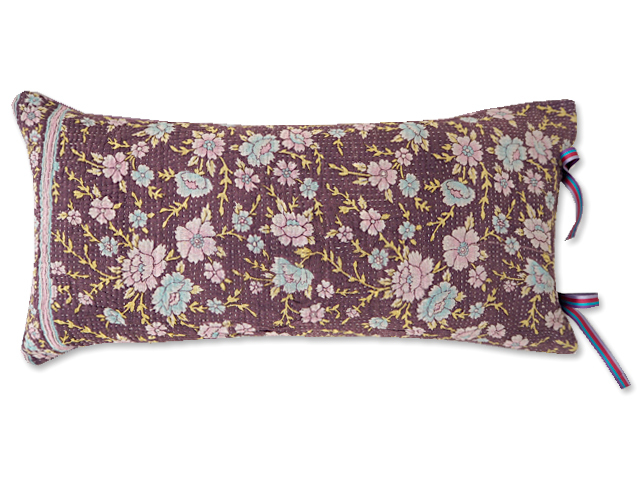 『Sorairo+』オリジナル ヴィンテージカンタ ピロークッション Vintage Kantha Pillow Cushion(W48xH23.5cm/Flower/Mauve/中材入り)
