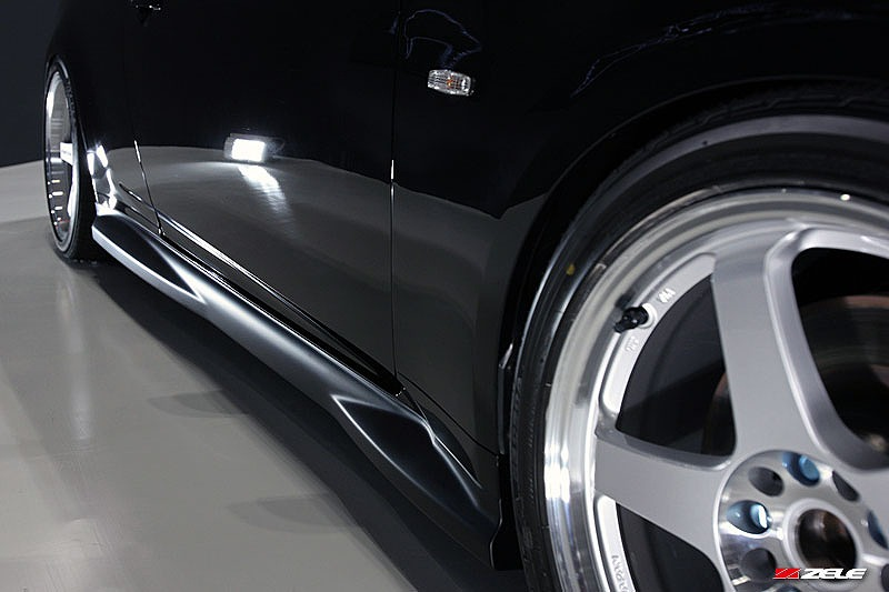 ZELE  GTサイドスカートセット