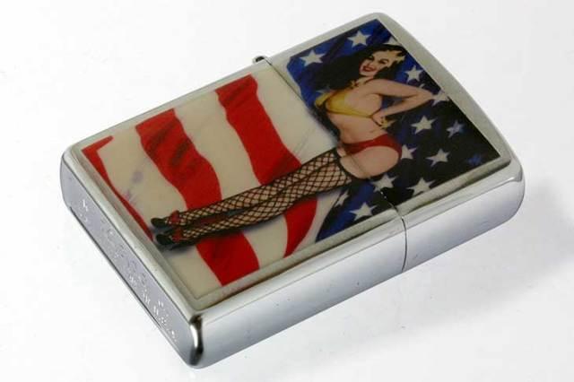 Zippo ジッポー 絶版・2004年製造 アメリカ国旗 セクシーガール
